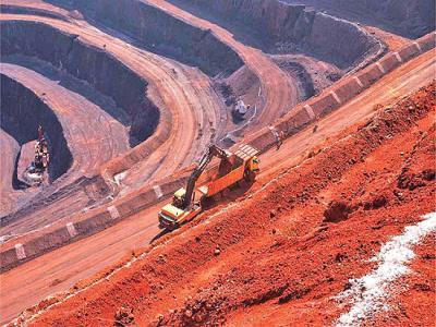 صادرات سنگ آهن پشت سدهای دولتی
