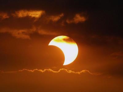 همه چیز درباره آخرین خورشیدگرفتگی تماشایی قرن چهاردهم شمسی